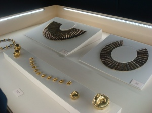 Gold Incan jewelry